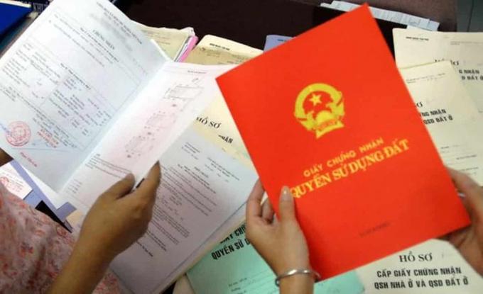 """Từ 1/9: Công dân khi làm """"sổ đỏ"""" không cần nộp giấy tờ tùy thân"""