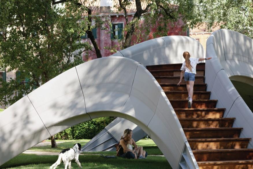 Độc đáo: Cầu vòm bê tông được in 3D đầu tiên trên thế giới