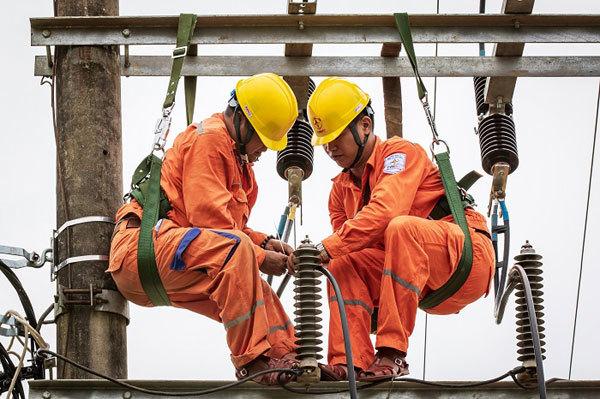 Thực hiện đồng bộ các giải pháp để đảm bảo cung cấp điện trong mùa nắng nóng