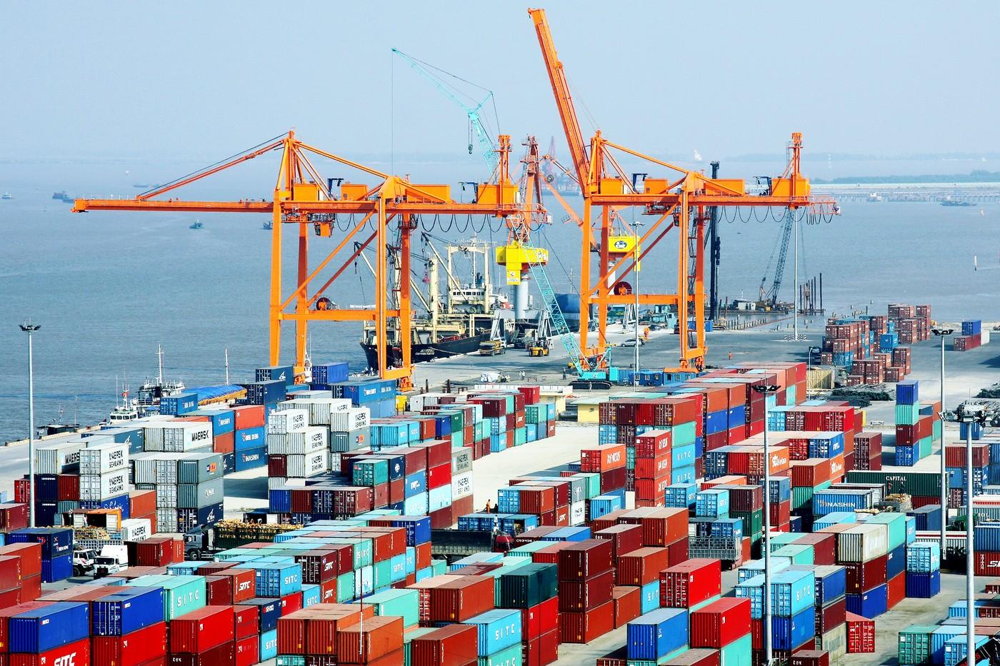 Xuất khẩu hàng hóa tháng 5 đạt 26 tỷ USD, giảm 2,1% so với tháng trước