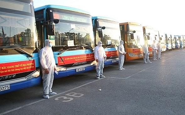 Chuyến xe đón gần 300 công dân từ Bắc Giang về Hà Nội đã hoàn thành nhiệm vụ