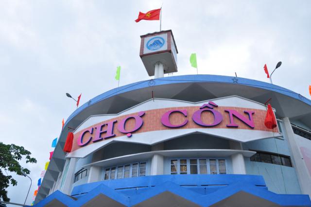 Không được ra khỏi nhà trong 1 tuần, người dân Đà Nẵng mua hàng hóa thế nào?