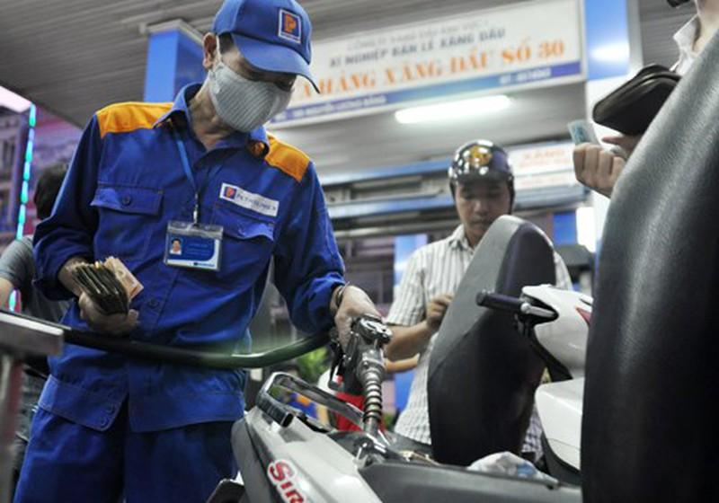 Lo ngại vấn nạn đầu cơ xăng dầu, Bộ Công Thương vào cuộc