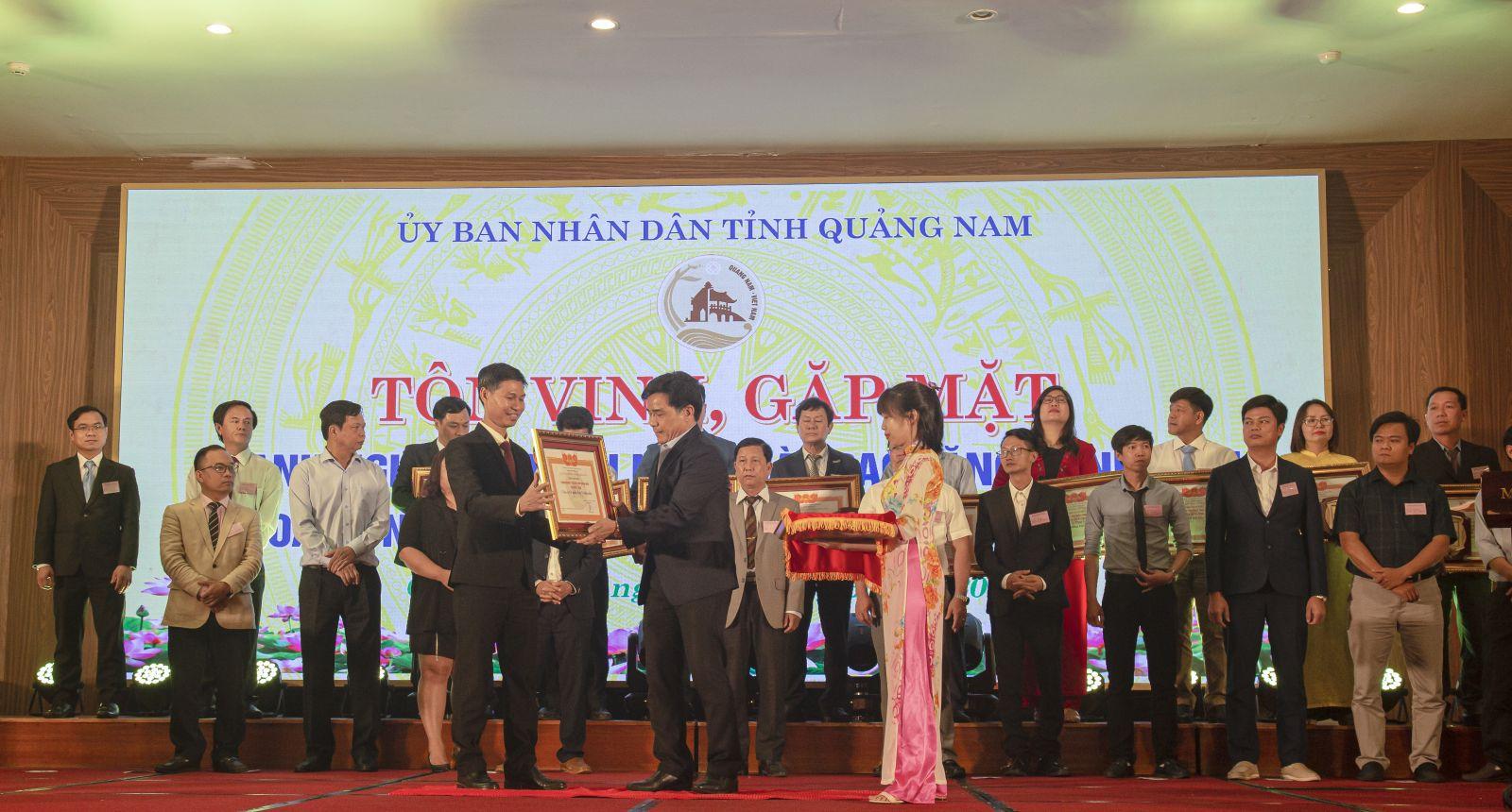 THACO nhận danh hiệu doanh nghiệp tiêu biểu tỉnh Quảng Nam năm 2020