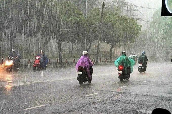 Dự báo thời tiết 2/5: Bắc Bộ và Bắc Trung Bộ mưa lớn cục bộ, lốc sét, mưa đá