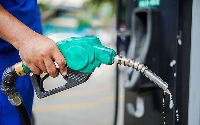 Giá xăng dầu hôm nay 11/5: Tụt giảm trở lại