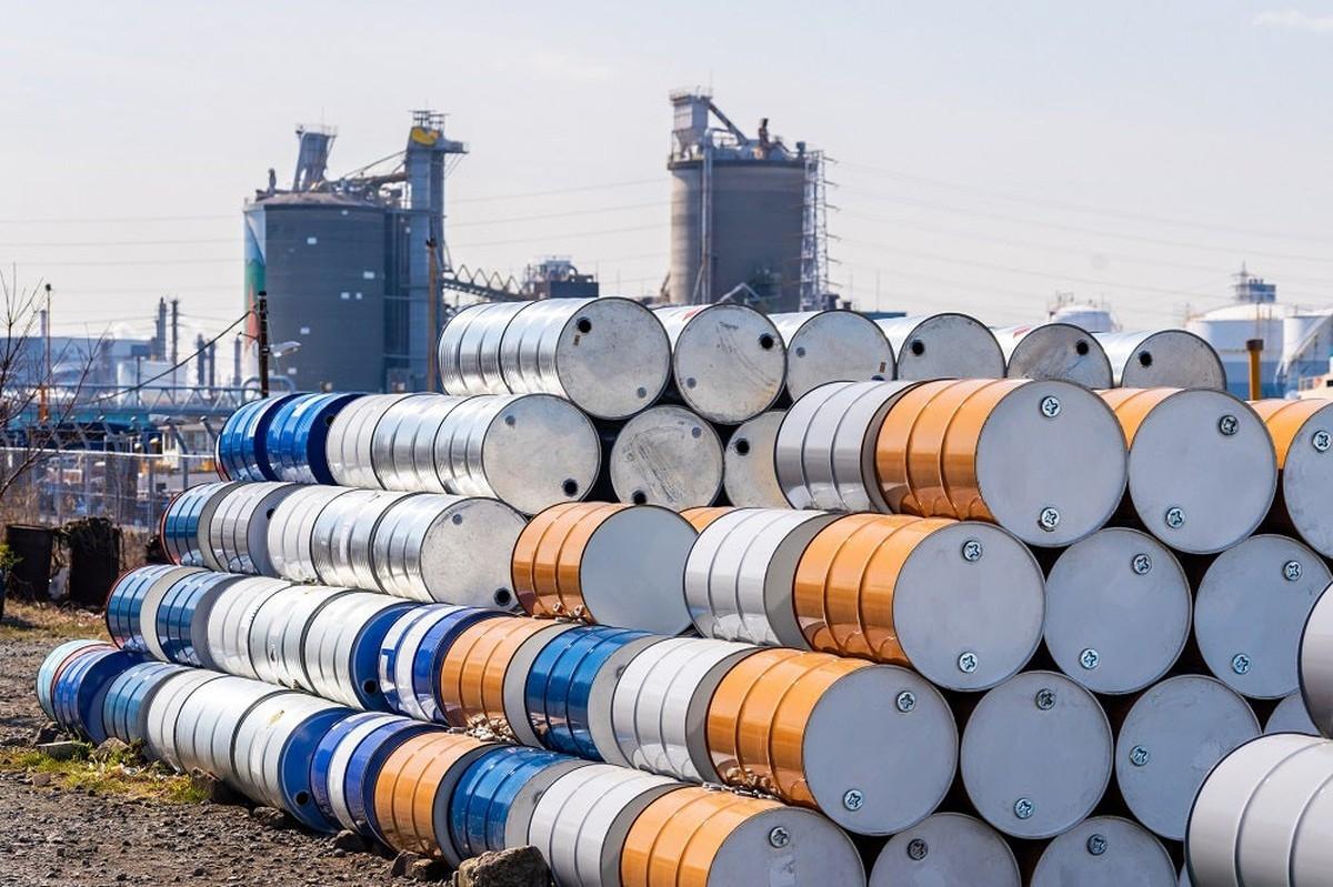Giá xăng dầu hôm nay 13/4: Giá xăng giảm lần đầu tiên sau 5 tháng