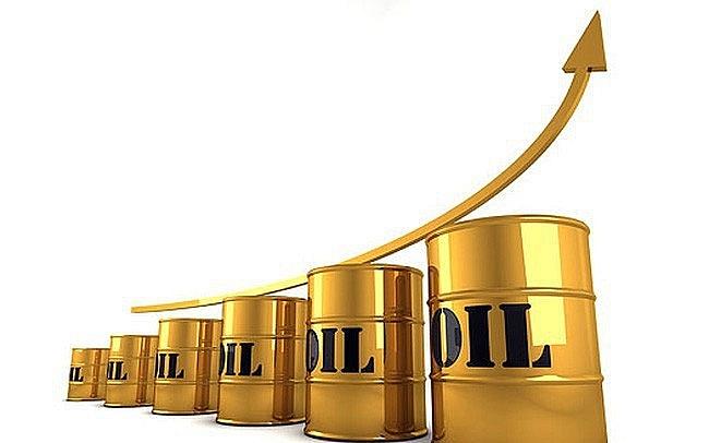 Giá xăng dầu hôm nay 20/4: Giá dầu leo thang nhờ đồng USD lao dốc