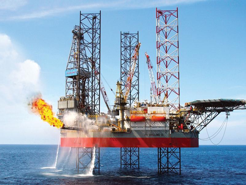 Giá xăng dầu hôm nay 21/4: Rớt giá từ đỉnh trong vòng 1 tháng