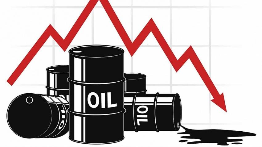 Giá xăng dầu hôm nay 26/4: Lo ngại dịch bệnh Covid-19 diễn biến phức tạp, giá dầu trượt nhẹ
