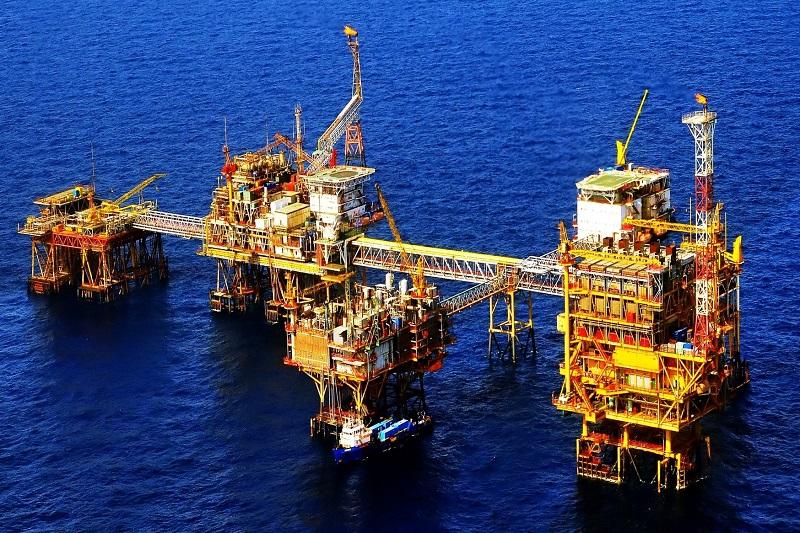 Giá xăng dầu hôm nay 28/5: Quay đầu tăng mạnh