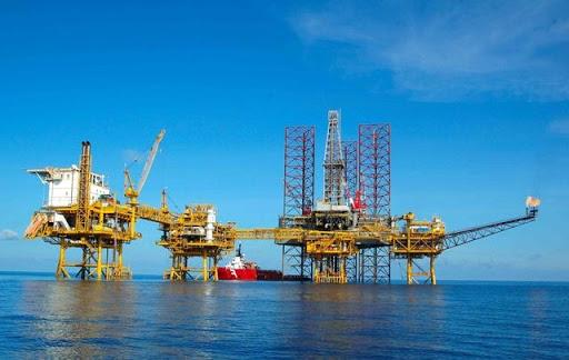 Giá xăng dầu hôm nay 29/4: Có xu hướng tăng trở lại nhờ triển vọng nhu cầu nhiên liệu lạc quan