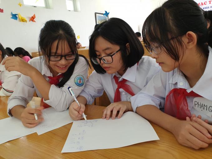 Hà Nội: Khi tình hình dịch ổn định, học sinh sẽ quay lại trường ôn tập kiểm tra