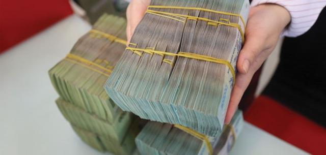 Nợ vay gia tăng tại doanh nghiệp kinh doanh bất động sản, xây dựng và thực phẩm đồ uống