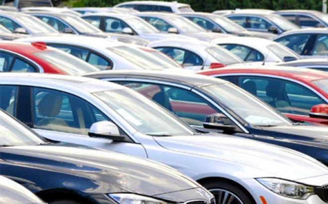 Xe ô tô nhập khẩu vào Việt Nam tăng mạnh trở lại