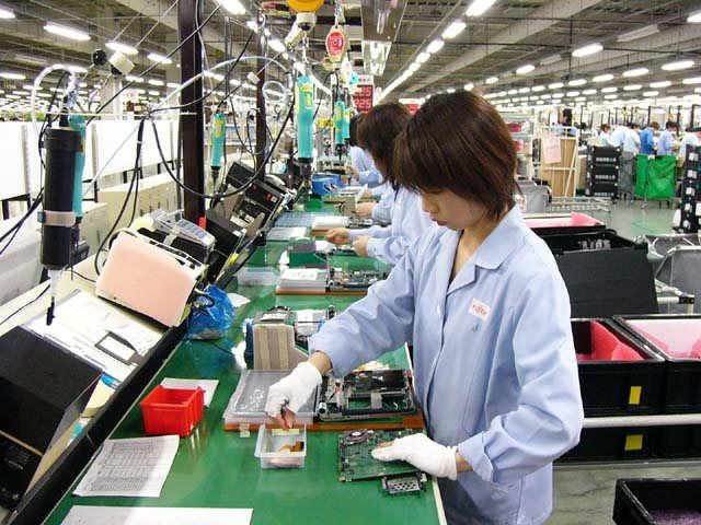 Máy vi tính, sản phẩm điện tử và linh kiện là nhóm hàng xuất khẩu lớn thứ 2 của Việt Nam