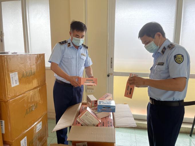 Hà Nội: Thu giữ 15.000 thuốc lá điện tử nhập lậu, ước tính gần 1,5 tỷ đồng