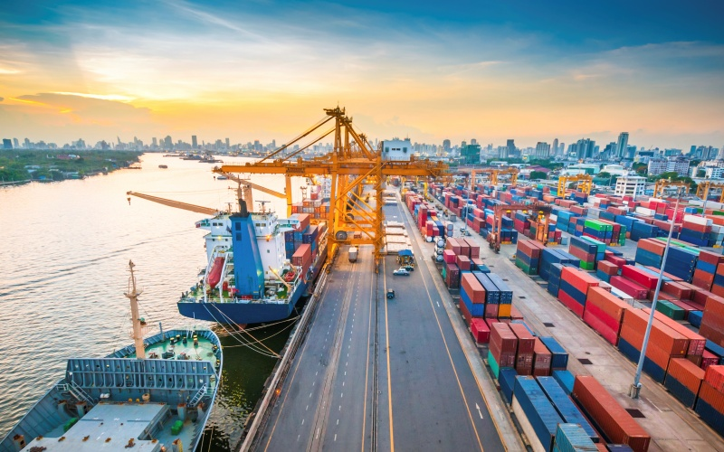 TP.HCM chính thức thu phí dịch vụ cảng biển từ ngày 1/7