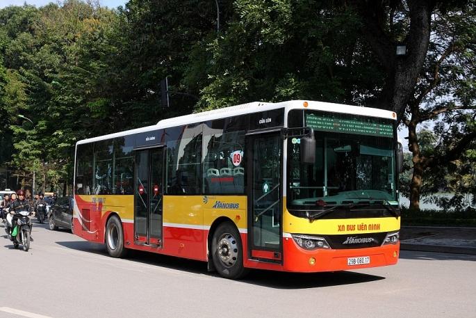 Kiến nghị cho phép xe buýt ở Hà Nội hoạt động lại từ ngày 1/10/2021