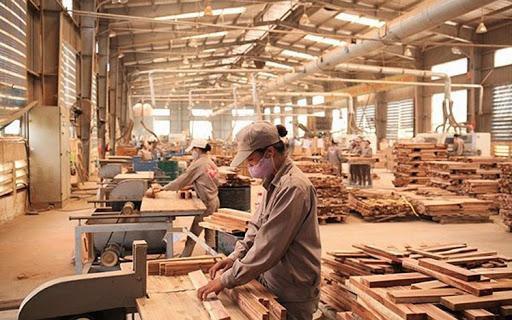Việt Nam vượt qua Trung Quốc trở thành quốc gia xuất khẩu đồ nội thất nhiều nhất sang Mỹ năm 2020