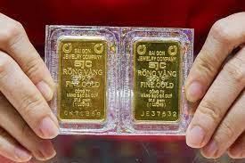 Giá vàng hôm nay 16/5: Lạm phát tăng, vàng được kỳ vọng bứt 1.850 USD