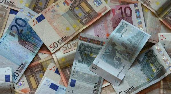 Tỷ giá ngoại tệ hôm nay 21/4: USD tiếp tục giảm mạnh