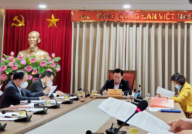 Bí thư Vương Đình Huệ: Hà Nội ưu tiên ngân sách mua vaccine phòng Covid-19 cho người dân Thủ đô