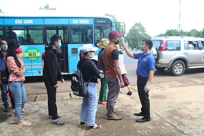 Bộ GTVT kêu gọi người dân tham gia giao thông an toàn, gắn với phòng chống dịch