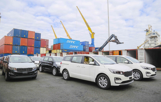 Đầu tư - Xuất khẩu - Tiêu dùng sẽ giúp Việt Nam vượt đại dịch Covid-19