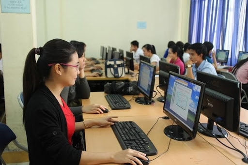 Từ tháng 03/2021, chính thức bỏ chứng chỉ tin học, ngoại ngữ cho giáo viên