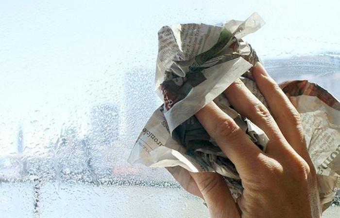 Mẹo làm sạch cửa kính nhanh gọn