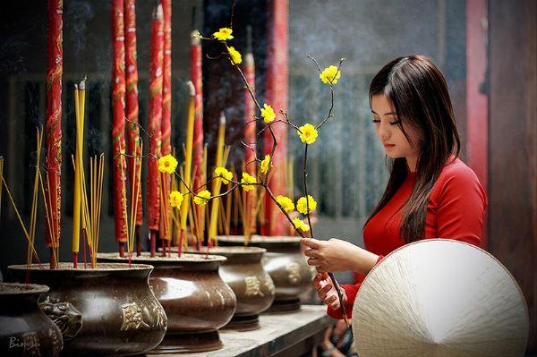Phong tục lễ chùa đầu năm của người Việt ta