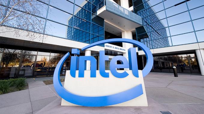 Intel rót thêm gần nửa tỷ USD vào Việt Nam