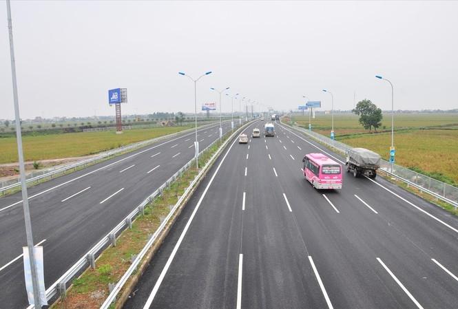 Năm 2021: Kỳ vọng giao thông tạo đột phá