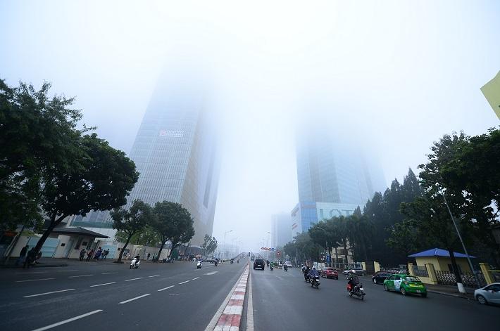 Hà Nội ô nhiễm không khí đáng báo động: Đẩy nhanh tiến độ thu hồi xe cũ, nát