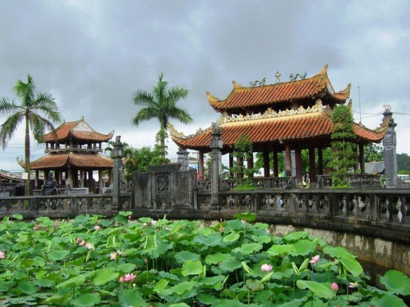 Nét đẹp văn hóa lễ chùa đầu năm của người Việt