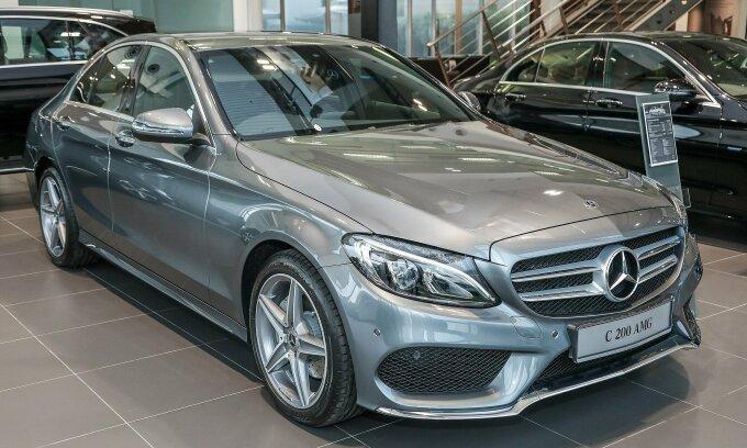 Mercedes Việt Nam triệu hồi hơn 1.700 xe C200 để kiểm tra nguy cơ gây cháy nổ