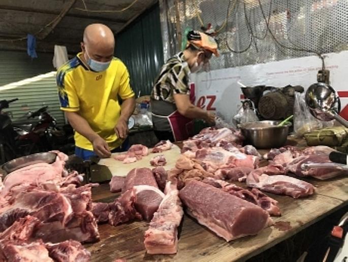 Hà Nội: Chợ dân sinh hàng hóa dồi dào, giá cả ổn định