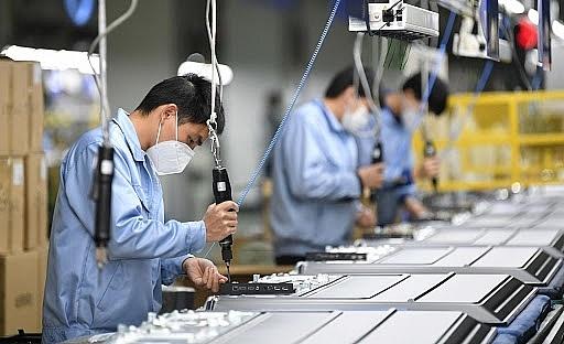 """Dòng vốn FDI suy giảm: """"Áp lực từ sự kỳ vọng"""""""
