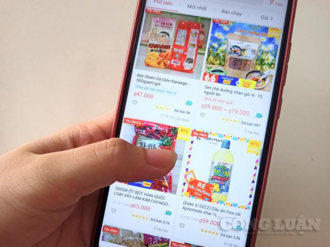 Chợ online đắt hàng giữa những ngày giãn cách xã hội vì Covid-19