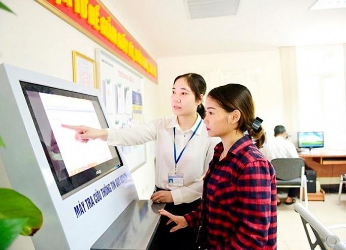 Hà Nội phấn đấu mức độ hài lòng của người dân về giải quyết thủ tục hành chính đạt 85% trở lên