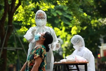 Hà Nội khen thưởng 99 tập thể, 146 cá nhân có thành tích trong phòng, chống dịch Covid-19