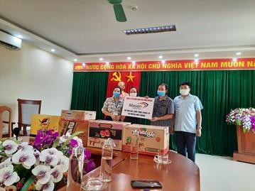 Công ty CP hàng tiêu dùng Masan tặng hàng nghìn thùng sản phẩm cho các vùng tâm dịch