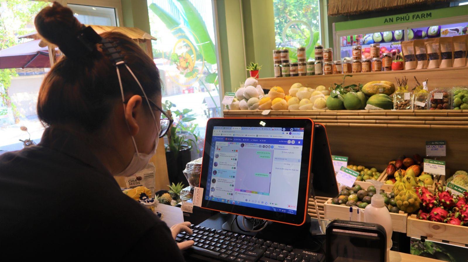 Đi chợ trực tuyến: An toàn từ trang trại đến bàn ăn