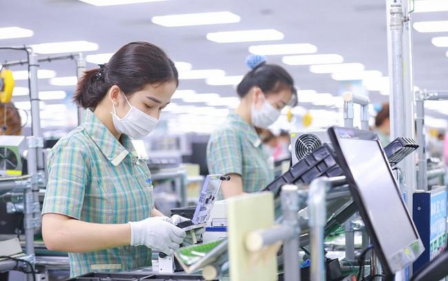 Bảo đảm việc làm bền vững, nâng cao mức sống của công nhân lao động