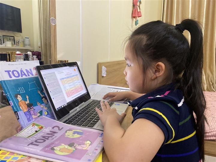 Hà Nội: Học sinh lớp 1, 2 không nhất thiết phải làm bài kiểm tra trực tuyến cuối năm