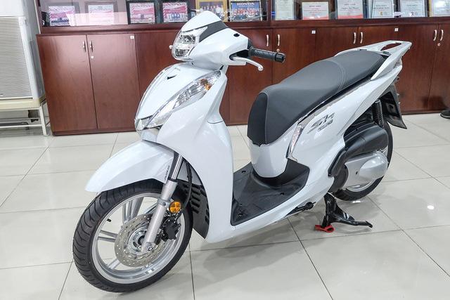 Triệu hồi hơn 1.300 xe Honda SH 300 nhập khẩu Italy