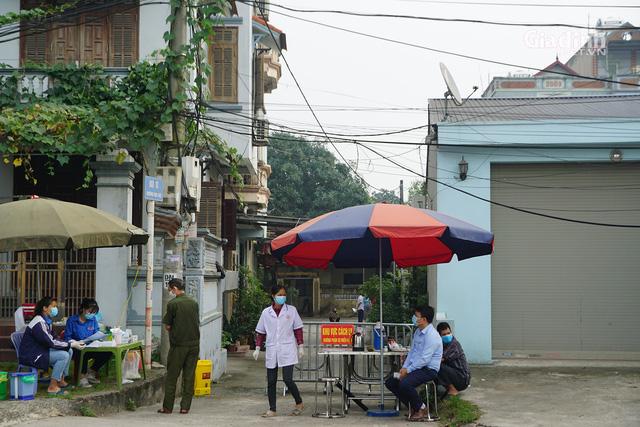 Hà Nội: Dừng, hoãn các hoạt động tập trung đông người, cỗ bàn, cưới hỏi... tại huyện Đông Anh