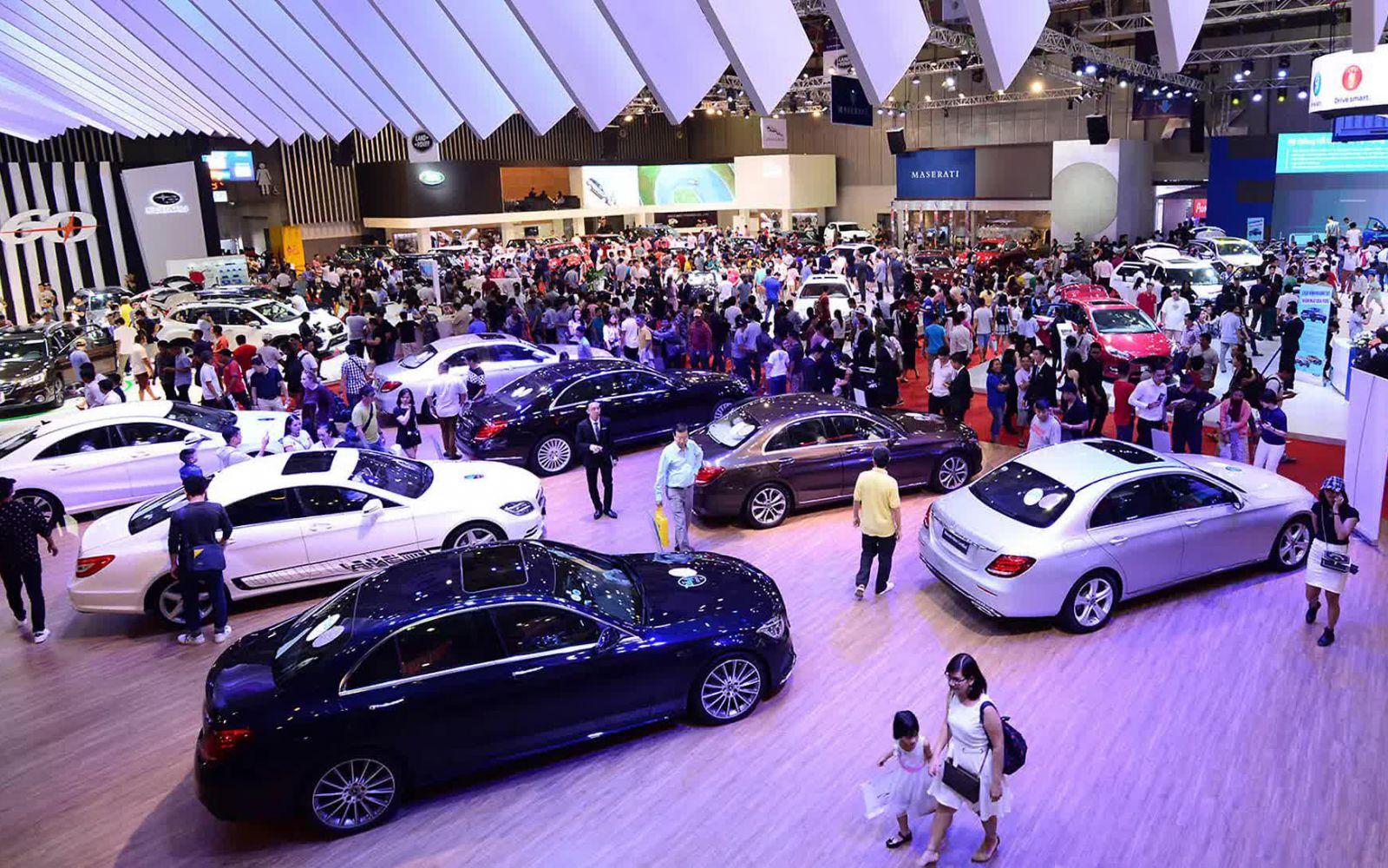 Tháng 3/2021: Doanh số ô tô ấn tượng, đạt 30.935 xe, tăng 127%