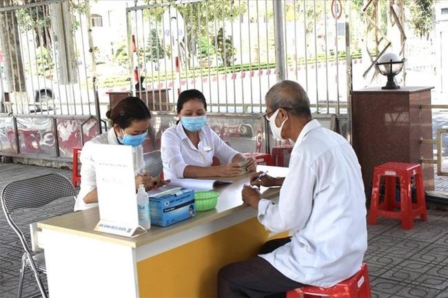Bộ LĐ-TB&XH đề xuất 2 phương án tăng lương hưu, trợ cấp bảo hiểm xã hội